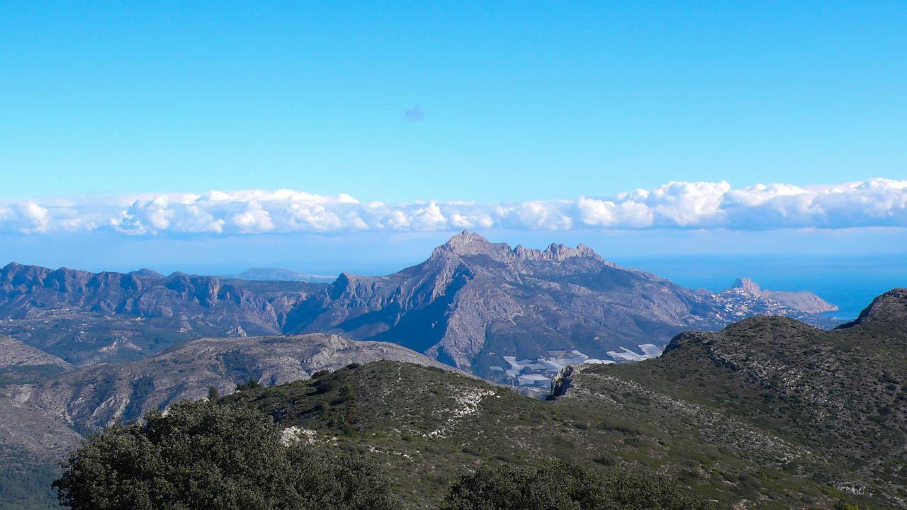 "View towards the ""Sierra de Bernia"", the ""Sierra de Toix"" and the ""Peñon de Ifach"""